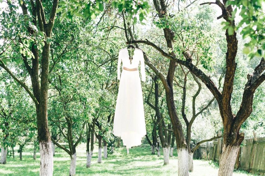 07-daalarna-benes-anita-wedding-gown
