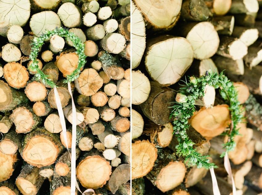 08-intimate-nature-wedding-flower-headpiece