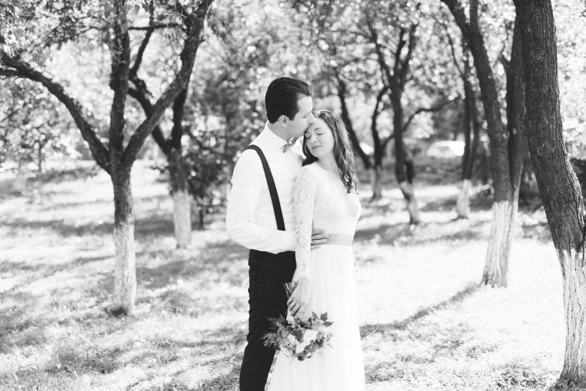 16-apple-trees-pre-wedding-austria