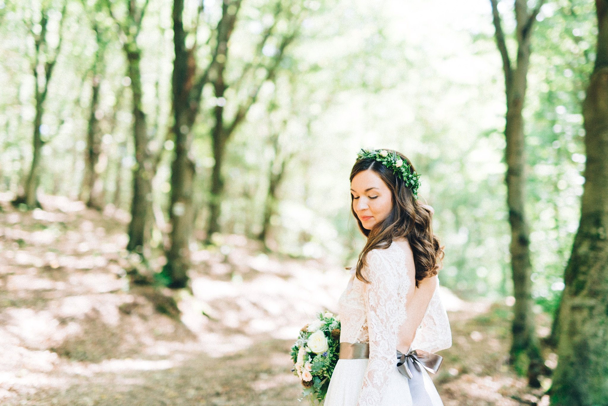 22-bride-looking-back-quiet-flower-crown