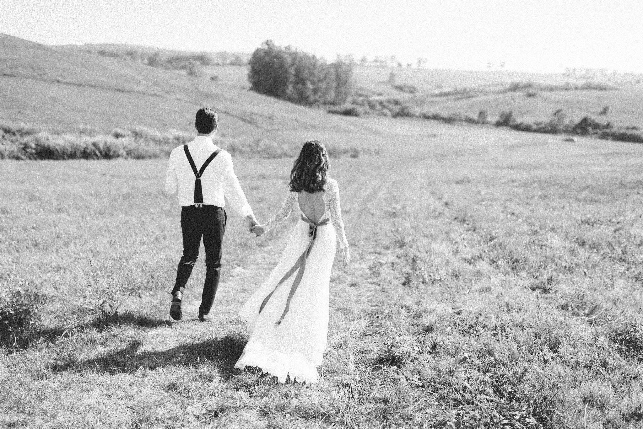 31-groom-suspender-bowtie-wedding