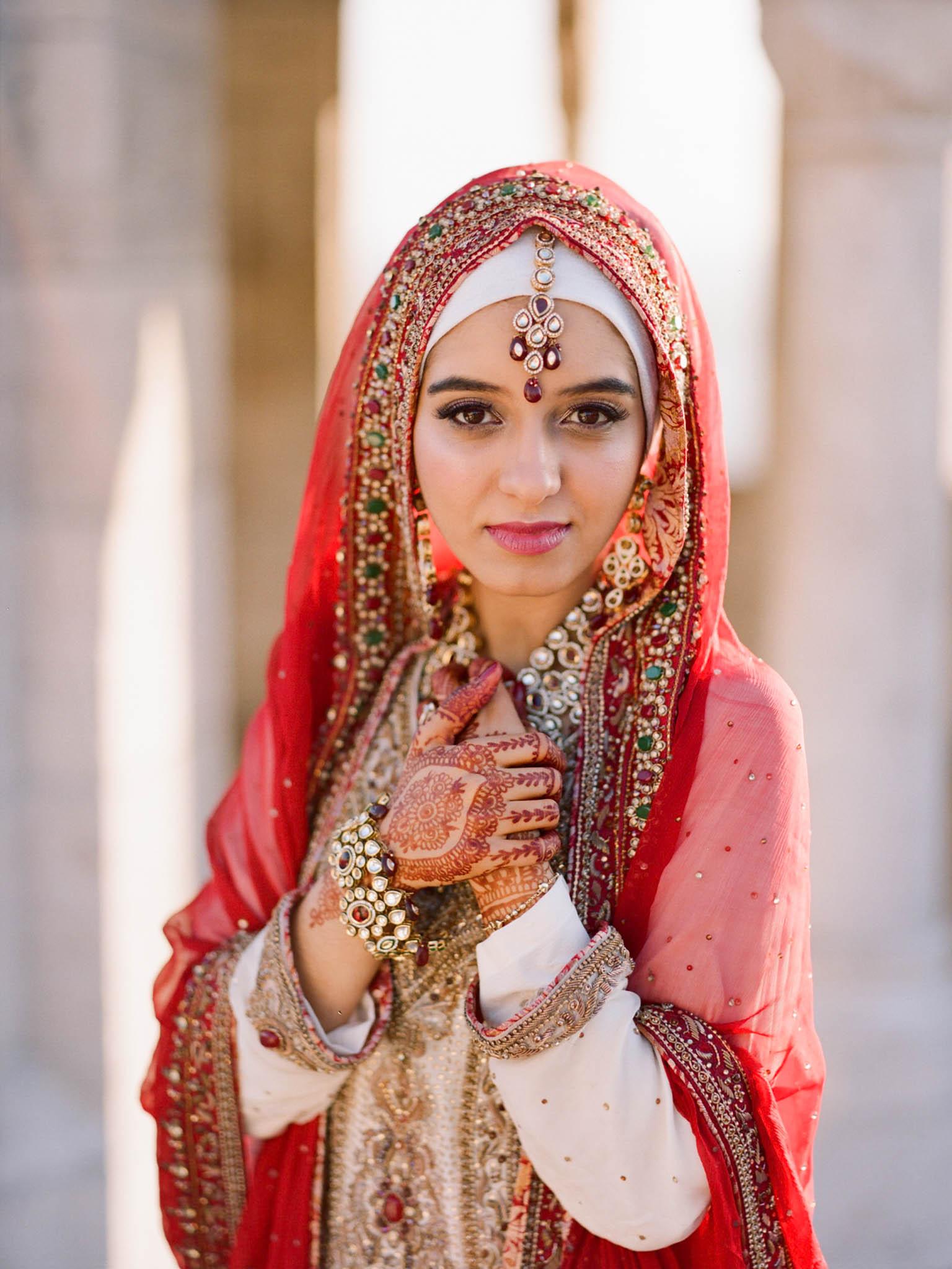 Pakistani Pre-Wedding in Budapest – { Rokolya Photography }