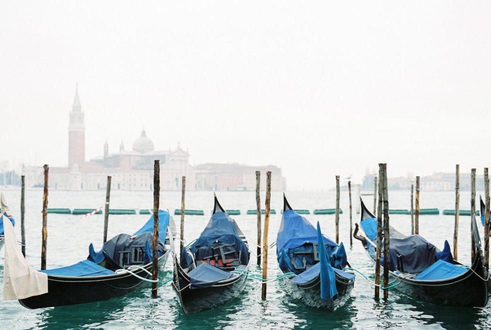 Venice In Winter Rokolya